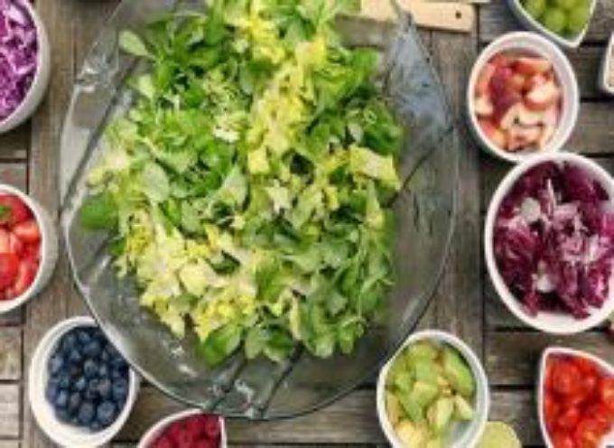 Ora è ufficiale! I vegetariani hanno biomarcatori più sani rispetto a chi mangia carne (e rischiano meno infarti)