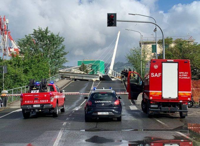 La Spezia, cede ponte mobile della darsena Pagliari: nessun ferito