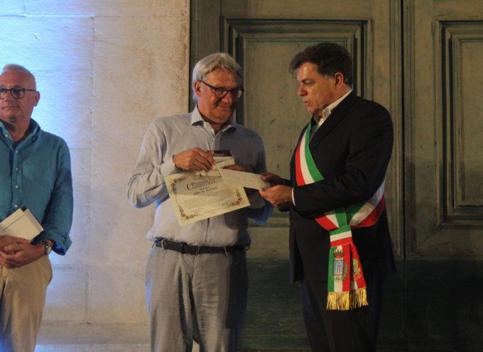 Alberto Bertoni (L'isola dei Topi) vince 65esimo Premio Carducci, la poesia incanta la capitale della scultura