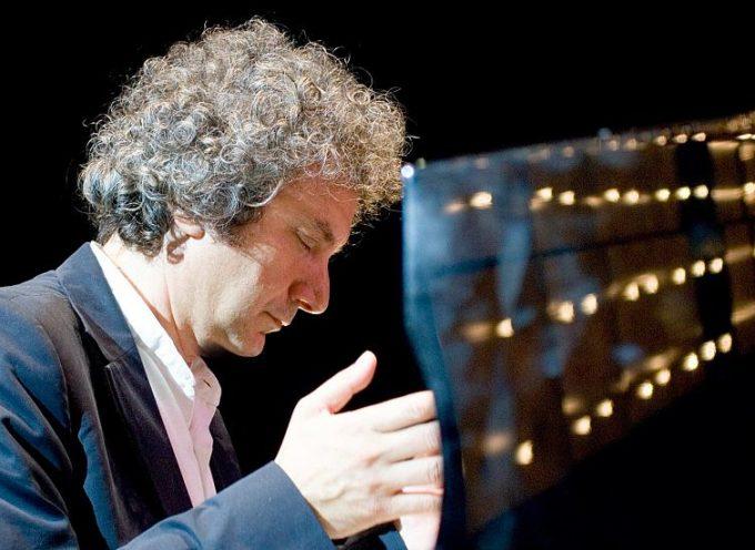 Ferragosto alla Fortezza di Mont'Alfonso si apre con il concerto all'alba – ore 4,45 – di Roberto Cacciapaglia,