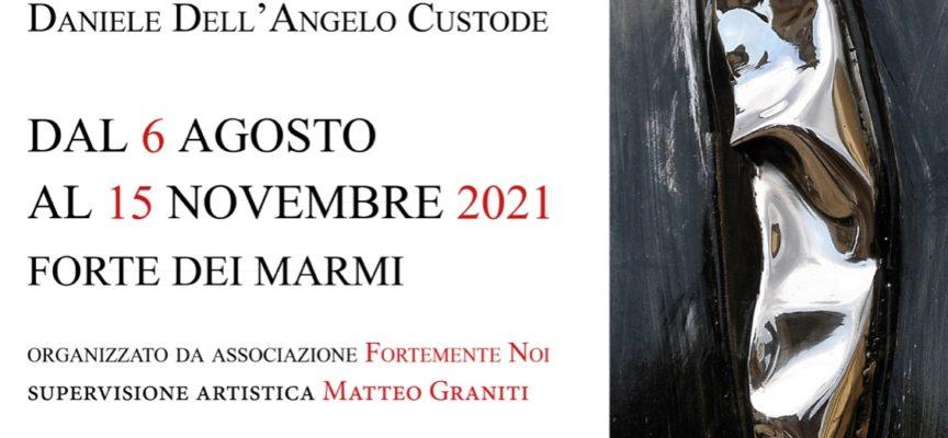 """A Forte dei Marmi – """"Il Silenzio della Materia"""" un percorso suggestivo di installazioni dello """"scultore della luce"""", Daniele Dell'Angelo Custode."""