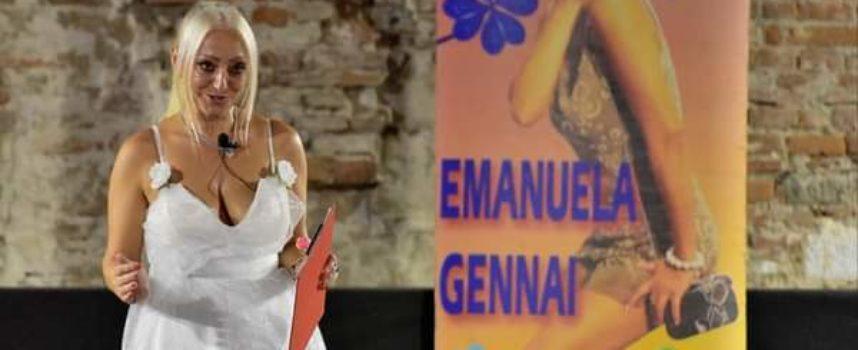 È uscito il primo singolo video musicale della presentatrice di spettacoli e adesso cantante, la lucchese Emanuela Gennai.