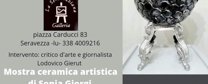 Galleria La Seravezziana – Vernissage sulla ceramica artistica con Sonia Giorgi, il 7 agosto