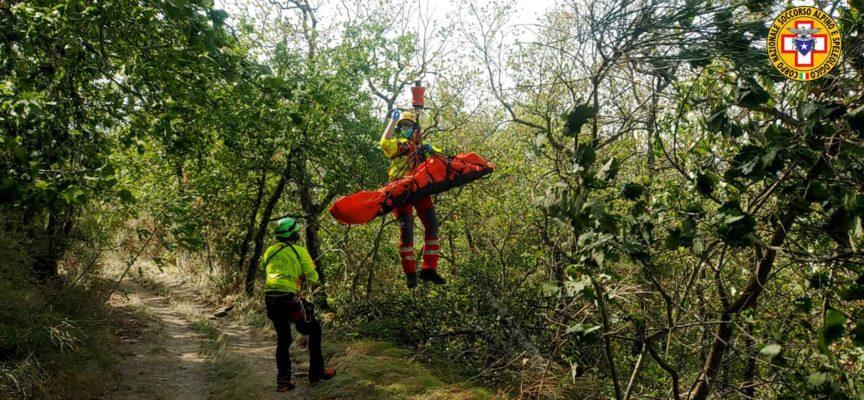 Intervento di recupero per i tecnici della Stazione Monte Falterona, attivati dal 118 per un ciclista infortunato in località Pomaio