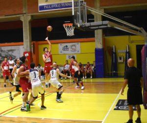 Il basketball club Lucca in questa fase preparatoria è come viaggiasse a fari spenti,