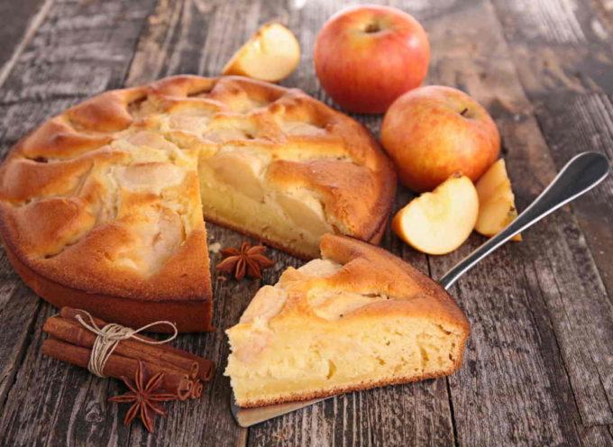 Torta di mele: la ricetta per prepararla soffice con la pasta madre e senza burro