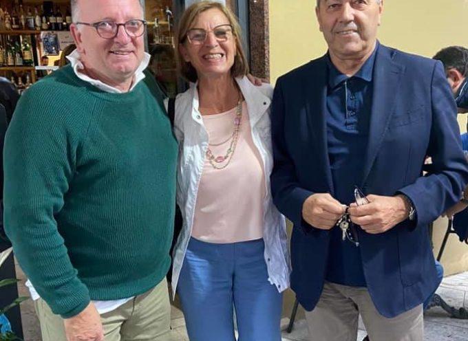Dal primo cittadino di Forte dei Marmi arrivano i complimenti a Lorenzo Alessandrini appena eletto a capo dell'amministrazione di Seravezza.