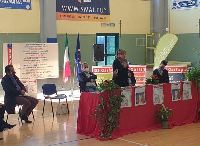 Donatella Buonriposi all'inaugurazione dell'anno scolastico 2021/2022 Isi Garfagnana.