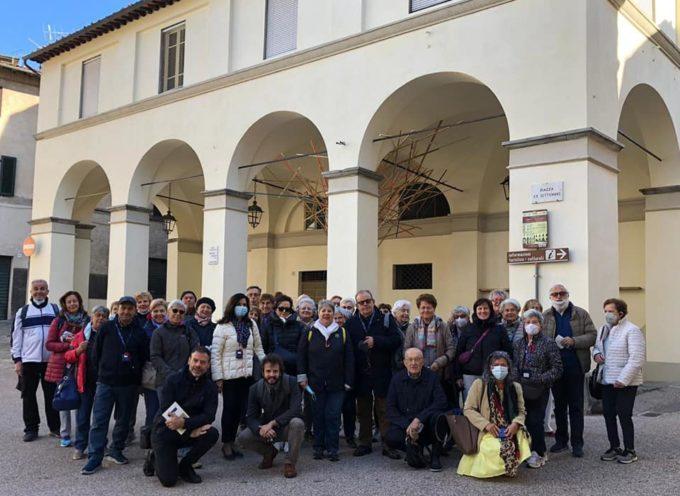 Oltre 40 pellegrini di Mestre sono venuti stamattina in visita a Borgo a Mozzano.