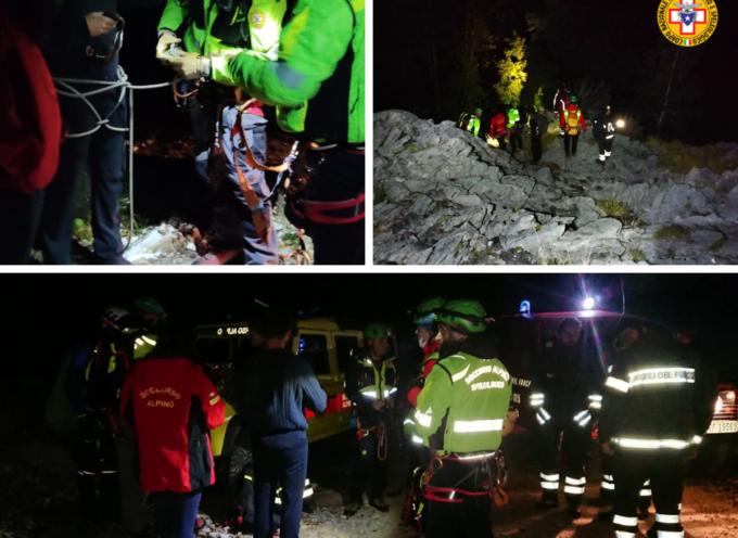 le immagini dell'intervento di ieri notte che ha visto in azione la squadra di Querceta e i Vigili del Fuoco.
