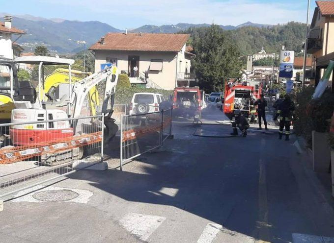"""Castelnuovo Garfagnana, """"Fuga di gas, evacuata un'intera zona ma non le scuole elementari"""""""