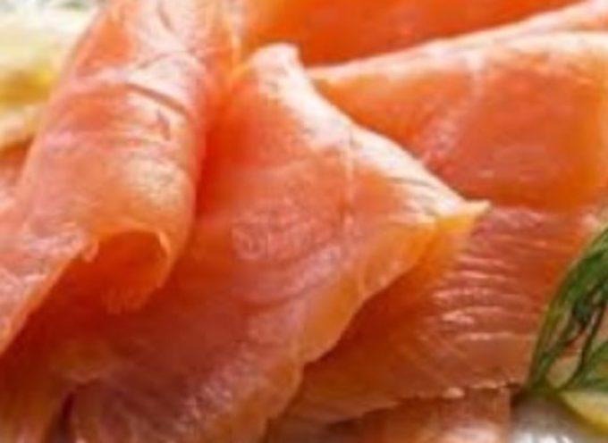Rischio listeria, richiamato un lotto di salmone scozzese affumicato. Lo ha comunicato, con una nota sul proprio sito, la catena dei supermercati COOP.