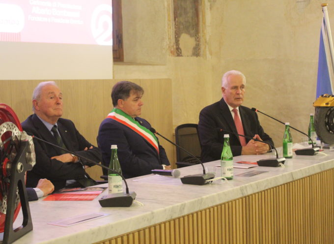 ad Alberto Bombassei ventesimo Premio Internazionale Barsanti e Matteucci,