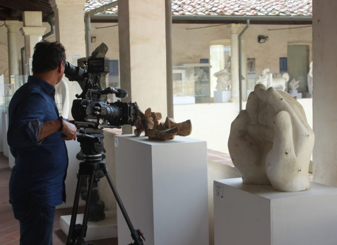 Pietrasanta oltre l'estate, su Piccola Grande Italia in onda lo speciale dedicato alla capitale della cultura all'aria aperta.