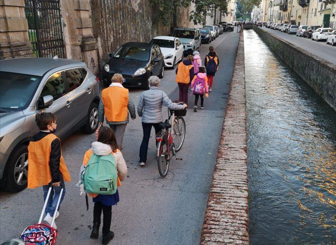 Pedibus: l'assessora Vietina e il presidente del consiglio comunale Battistini invitano le famiglie a partecipare alla mobilità alternativa