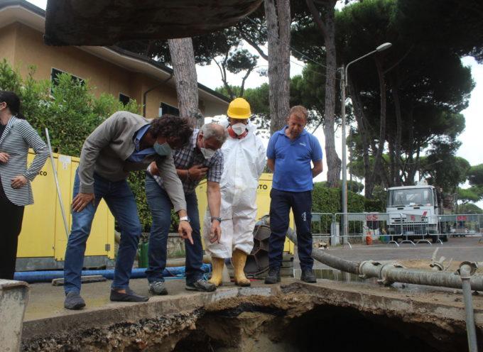 nuove fognature, condotte ed asfalto in via Garibaldi (tra via Capezzano Monte e via Valdicastello), apre il cantiere