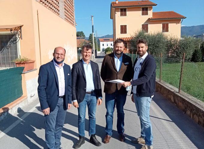 """Fantozzi-Martinelli (Fdi): """"Siamo al fianco dei residenti che chiedono di istituire un senso unico in via Per Corte Sandori"""""""