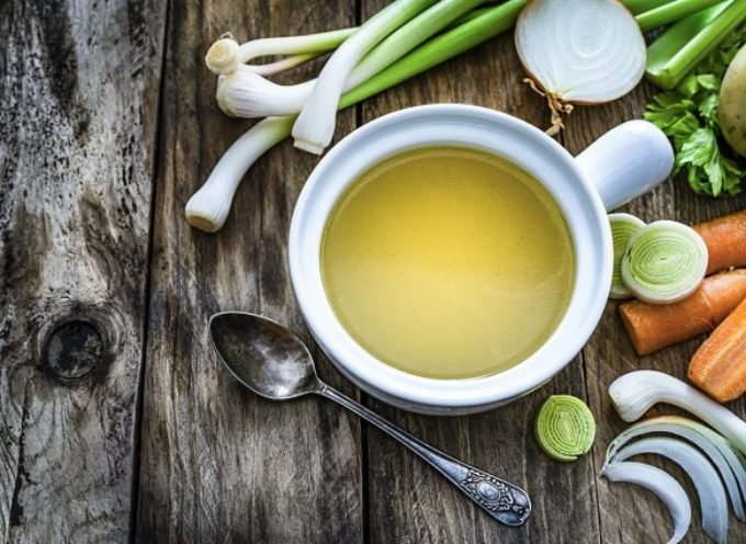 Come conservare il brodo vegetale al meglio: trucchi e consigli