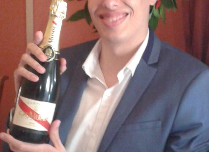 Congratulazioni a Michele Fontana di Benabbio che oggi ha conseguito la laurea magistrale